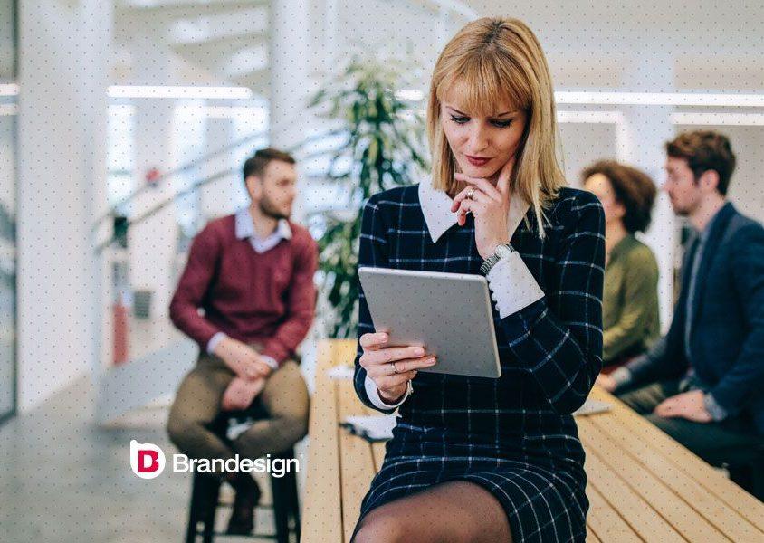 Emailing CRM campaña email bienvenida cliente usuario agencia de branding